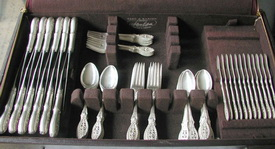 Top 5 tips selling used silver flatware for Used jewelry san diego